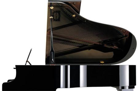 なぜピアノは黒い画像
